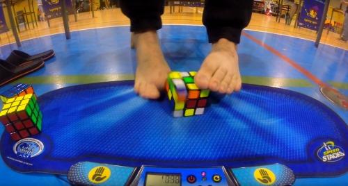 wca feet rubiks cube