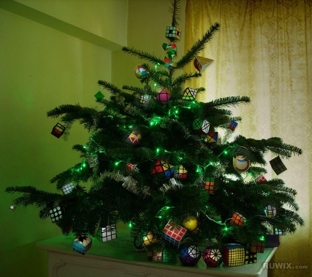 Rubiks Cube Christmas tree